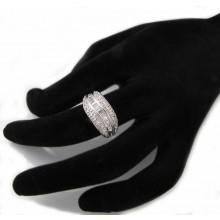 Strieborný prsteň so zirkónmi KPS115