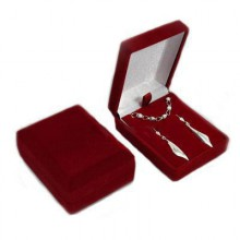 Bordó krabička na prívesok, náušnice alebo sadu
