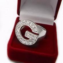 Luxusný strieborný prsteň so zirkónmi (KPS140)