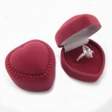 Strieborný prsteň KPS006