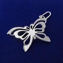 Strieborný prívesok motýľ (KPRS085)